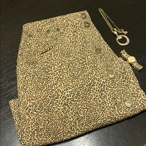 Leopard print Liz Claiborne skirt size 8 petite
